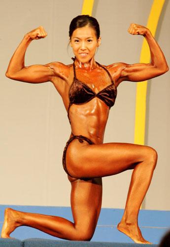 图文-韩健身大赛猛女展硬朗之美女性刚美展露无遗