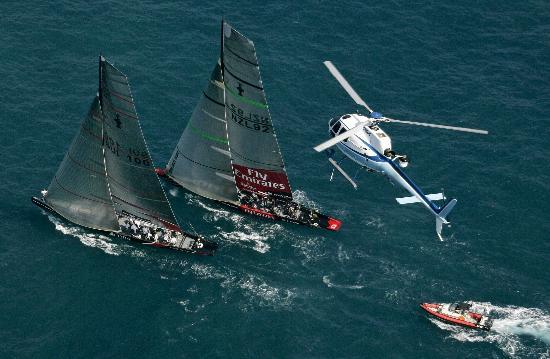 图文-美洲杯帆船赛决战战罢第三轮领先优势微弱