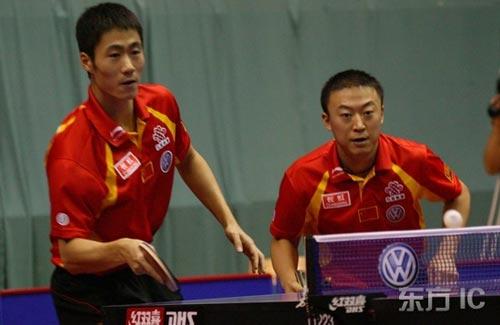 图文-07中国乒乓球公开赛王励勤马琳发挥出色