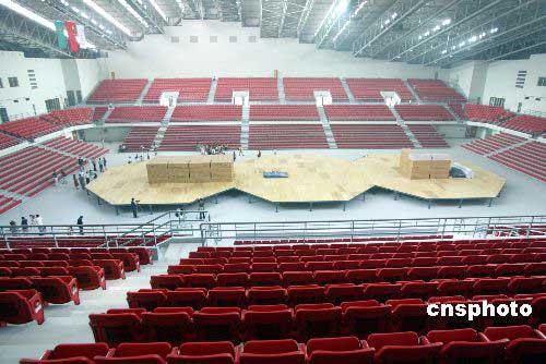 图文-奥运会摔跤体育馆农大收尾场内布置一览