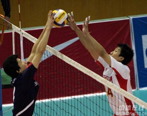 图文-[四强赛]中国男排3-0韩国姜福东网上争锋