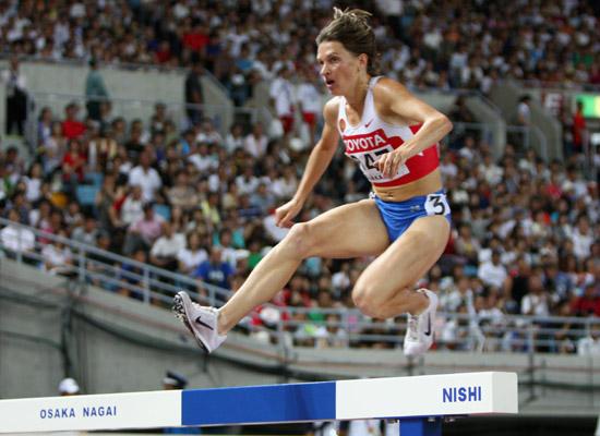 图文-世锦赛女子3000米障碍赛沃尔科娃跨越障碍
