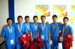 图文-体操队备战07世锦赛好兄弟们来张合影