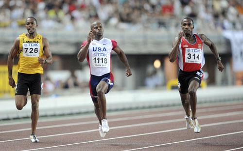 图文-田径世锦赛男子200米次轮马丁信心十足加速