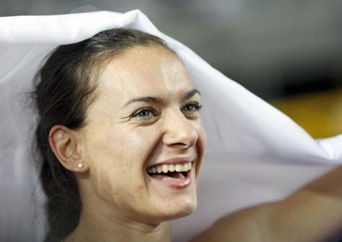 图文-田径世锦赛女子撑杆跳决赛伊辛巴耶娃加冕
