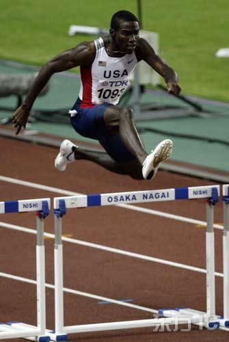 图文-田径世锦赛男子400米栏决赛克莱门特力量十足