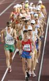 图文-世锦赛男子50公里竞走尼泽格罗多夫领走