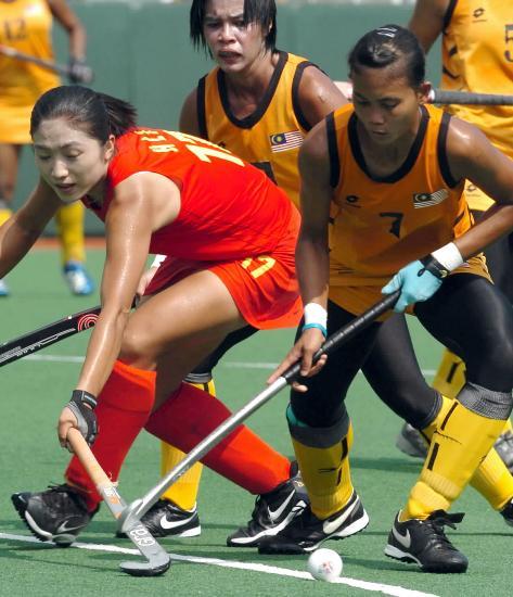 图文-女曲亚洲杯中国7-1马来西亚李红侠积极防守