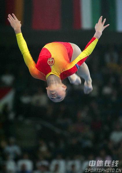 图文-体操世锦赛女团决赛肖莎平衡木赢高分