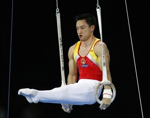 图文-体操世锦赛男子全能决赛杨威气定神闲