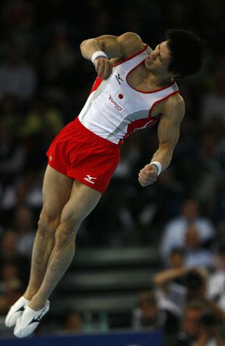 图文-体操世锦赛男子全能决赛富田洋之力不从心