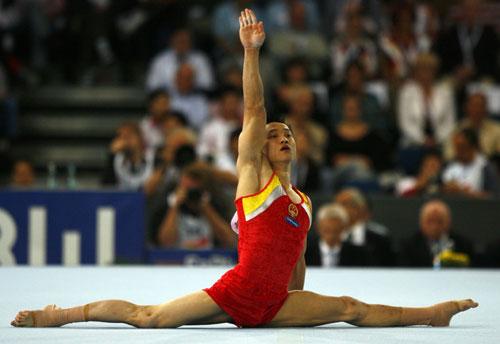 图文-体操世锦赛男子全能决赛杨威赛场唯我独尊
