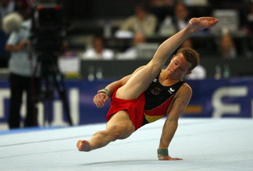 图文-体操世锦赛男子全能决赛汉布岑人帅动作酷