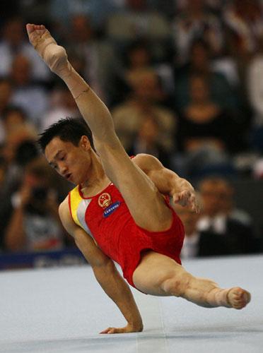 图文-体操世锦赛男子全能决赛杨威旋转干净利落