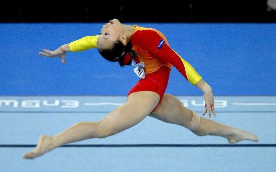 图文-体操世锦赛女子全能肖莎第七自由操舒展