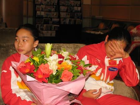 图文-[体操]中国体操队载誉返京程菲依然困意绵绵