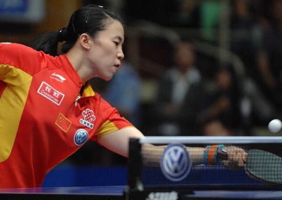 图文-女乒世界杯王楠进决赛王楠回网前小球
