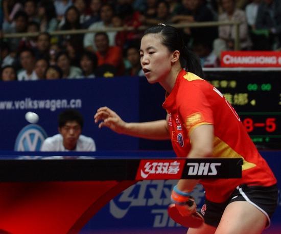 图文-女乒世界杯王楠进决赛王楠台下暗藏杀机