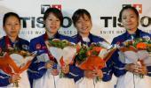 图文-击剑世锦赛冠军图集女花团体日本获第三