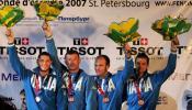 图文-击剑世锦赛冠军图集男佩团体铜牌得主意大利