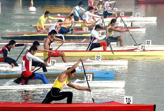 """[城运](1)皮划艇——""""水上马拉松""""剑网三舞狮图片"""