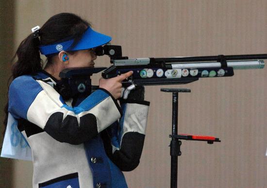 图文-第六届城运会十大瞬间 中国女枪手弹无虚发