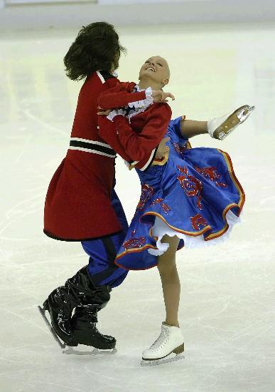 图文-花滑中国杯冰舞创编舞赛况多姆妮娜丰姿绰约
