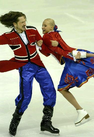 图文-花滑中国杯冰舞创编舞沙巴林组合疯狂之舞