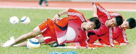 名宿炮轰:中国足球乱成一锅粥中超改革已迫在眉睫