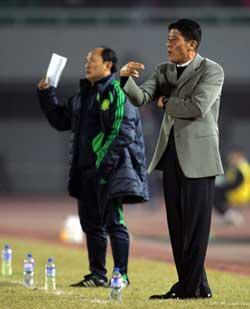 战鲁能李章洙想出两奇招国安将士放松训练不想夺冠