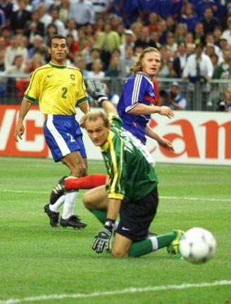 98世界杯巴西队阵容_老照片-1998世界杯 塔法雷尔再次受到羞辱_老照片_经典殿堂_2014 ...