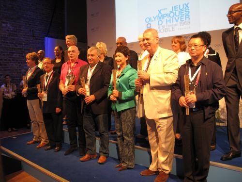 勞倫斯世界體育學院主席摩西等數位體育明星參加了頒獎儀式,并為獲獎圖片