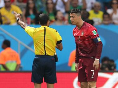 德国vs加纳球迷闯入_葡萄牙vs加纳_新闻,视频,直播,比赛数据_2014世界杯_新浪体育