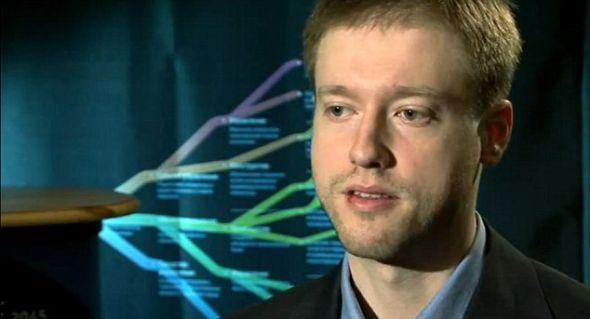 """31岁媒体企业家伊茨科夫指出,他的目标是10年内把人脑植入一个机器人身体。他说他的技术会最先引起""""残疾和垂死患者""""的兴趣。"""