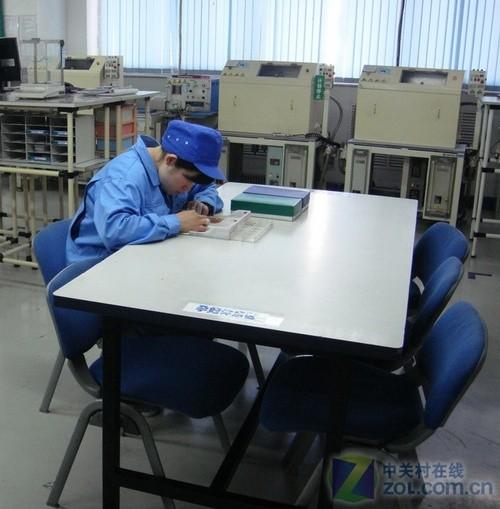 工厂车间休息区效果图_车间员工休息区经典图片