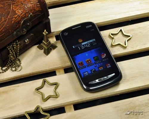 中兴手机n760_中端也玩3D视效 中兴智能手机N760评测_手机_科技时代_新浪网