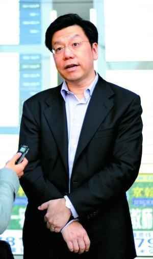 创新工场ceo_创新工场CEO李开复:谷歌收摩托意在专利_通讯与电讯_科技时代