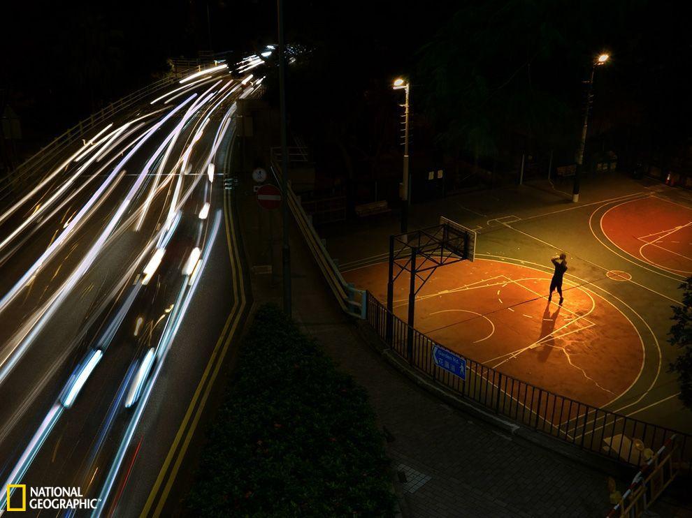 一個籃球場多大【相關詞_ 一個籃球場多大面積】圖片