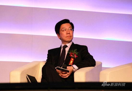 创新工场ceo_图文:创新工场CEO李开复_互联网_科技时代_新浪网