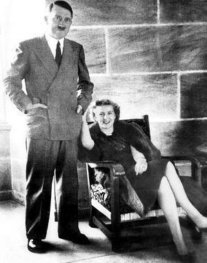 爱娃·布劳恩_希特勒和爱娃·布劳恩 资料图片