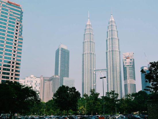 马来群岛首都吉隆坡的纪念碑体系结构,二价染色体塔