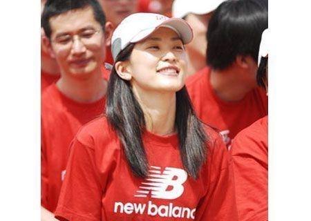 揭秘十大身價過億的華人美女富豪(組圖)