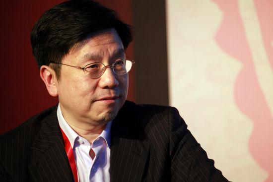 创新工场ceo_图文:创新工场CEO李开复_会议讲座_新浪财经_新浪网