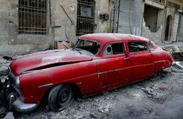 因叙利亚多年战乱 收藏老爷车尽数被毁
