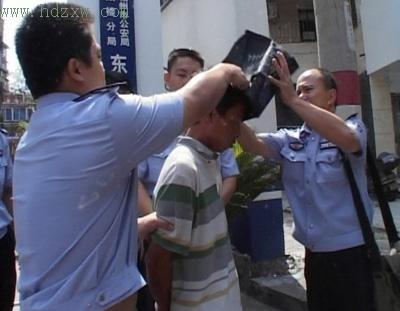 老外强奸幼女内射视频_公诉机关指控,彭登奸淫5名幼女,猥亵2名女童,造成其中3名幼女重伤(本