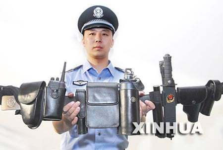公安部警力配备_公安部:85%一线警力配齐必备警用装备_新闻中心_新浪网