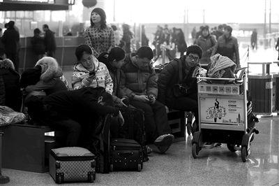 昨日,大雾致首都机场部分航班延误。图/CFP