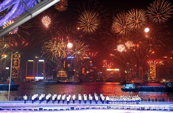 东亚会_第五届东亚运动会在香港开幕(组图)_新闻中心_新浪网