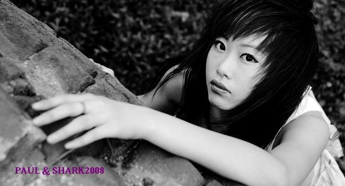 18岁的少女人体_18岁少女海口拍人体写真 尽显颓废美[图](二)