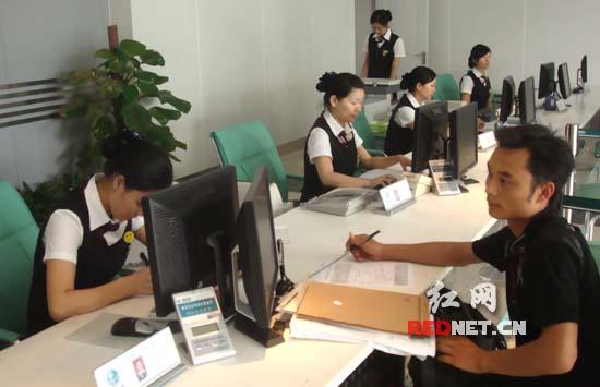 河南95598_株洲电力强化95598调度权威 全员通宵服务客户